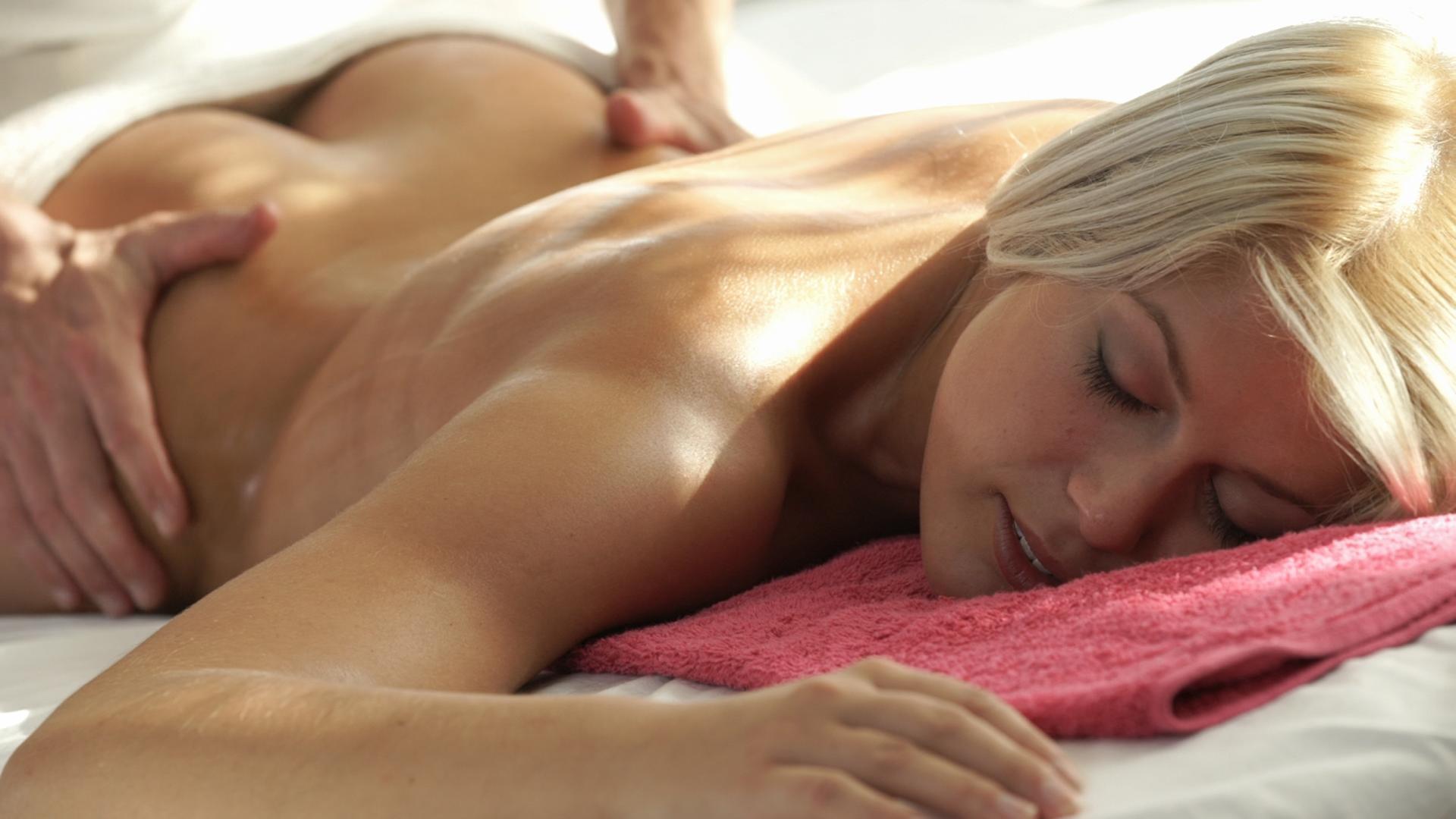 Japanese Oil Massage Orgasm