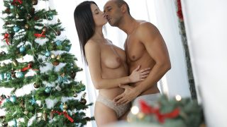 Nikky Perry One On One Coming Home for Xmas