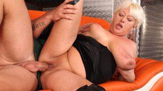 Dora Deepthroat Grannie's Panties #03, Scene #02