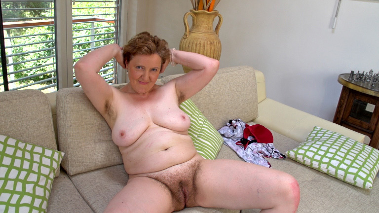 Hairy Amateur Mature Anal Hd