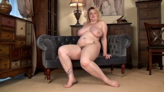 AJ Shine Large Breasts We meet the sexy and busty AJ Shine who shines